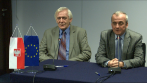 Uroczyste podpisanie umów o dofinansowanie z funduszy europejskich dla pięciu nowych inwestycji w sektorze transportu fot. ŚWIECZAK
