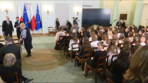 Uroczystość wręczenia odznaczeń państwowych kobietom prześladowanym w stanie wojennym fot. ŚWIECZAK