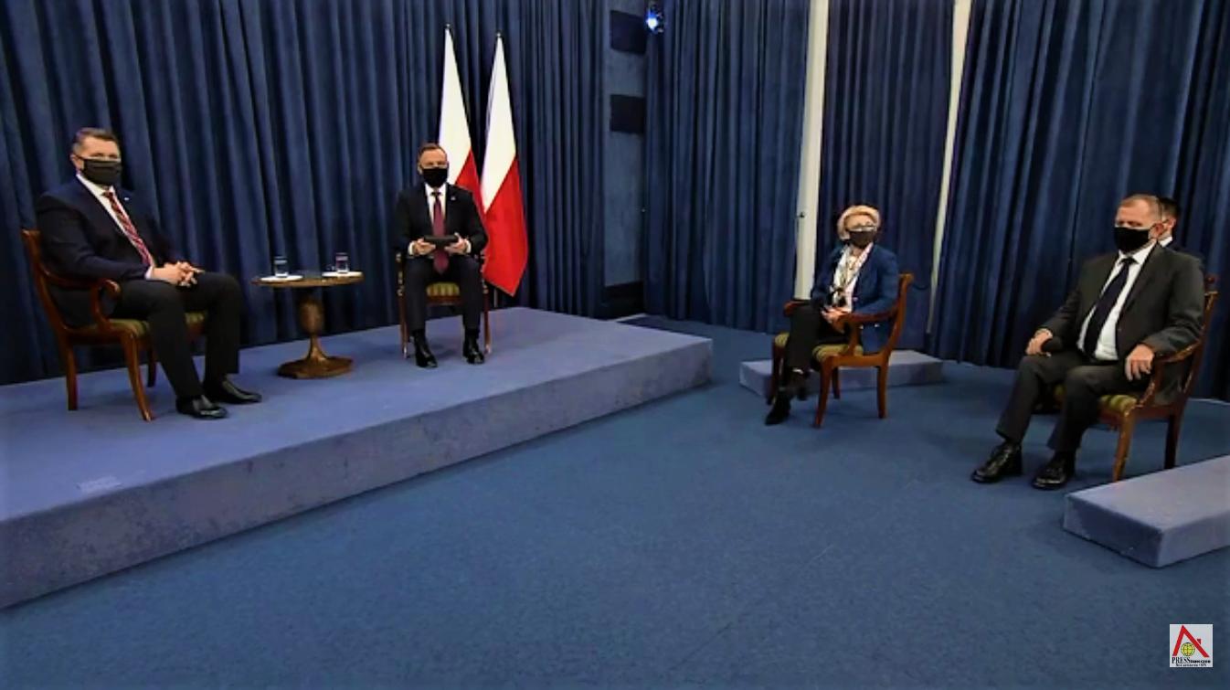 Prezydent Rp Andrzej Duda Sesja Pytan I Odpowiedzi Q A Na Temat Powrotu Uczniow Do Szkol